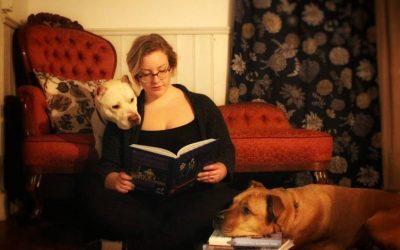 De har en bokcirkel med hundböcker